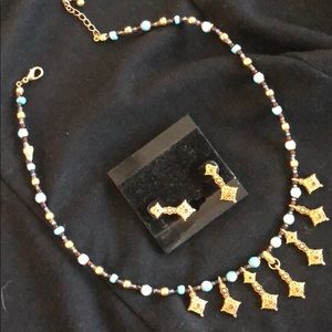 Necklace/earring matching set